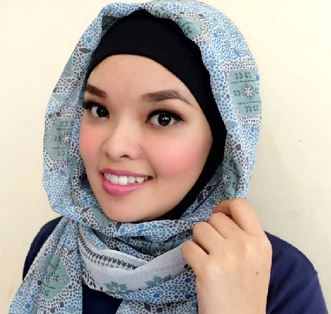 Tutorial Sederhana Make Up Ala Wardah
